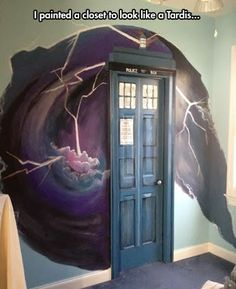 Doorway done up to resemble DR. WHO's famous time travel device.>> you mean the tardis. It's the TARDIS. The Tardis, Tardis Art, Tardis Blue, Tardis Door, Tardis Bookshelf, Dr Who, Painted Closet, Closet Paint, Geek Decor