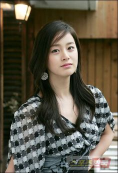 Kim Tae Hee (김태희) BornMarch 29, 1980(age36) Busan,South Korea. Actress .