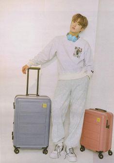 Future Boyfriend, Suitcase, Rapper, Photoshoot, Boys, Fashion, Baby Boys, Moda, Photo Shoot