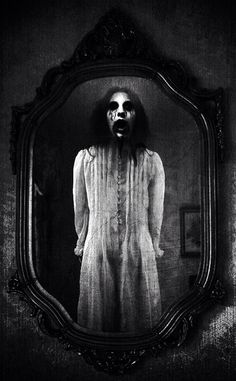 ♠️From the mirror ghostly scenes      I think there is much more than it seems♠️