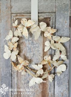 Gotta love Miss Mustard Seed. This is a paper butterfly wreath from daily deals from MMS Decor Steals. Creative Wall Decor, Creative Walls, Creative Things, Crafts To Make, Arts And Crafts, Paper Crafts, Paper Art, Paper Butterflies, Butterfly Art