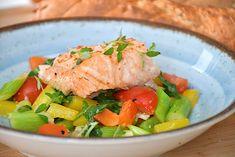 Laks med lynstegte grøntsager på 20 minutter Ciabatta, Potato Salad, Avocado, Potatoes, Meat, Chicken, Ethnic Recipes, Eggplant, Lawyer