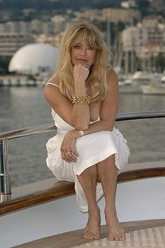 Goldie Hawn Love her!