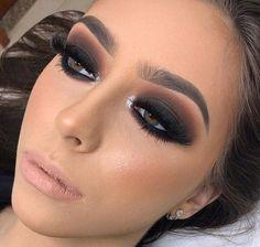 (notitle) - Make Up - Eye Makeup Fancy Makeup, Glam Makeup Look, Creative Eye Makeup, Full Makeup, Makeup Eye Looks, Skin Makeup, Eyeshadow Makeup, Holiday Makeup Looks, Black Smokey Eye Makeup