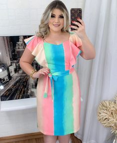 Latest African Fashion Dresses, African Print Fashion, African Blouses, Vestidos Plus Size, Casual Dresses, Summer Dresses, African Design, Pretty Dresses, Evening Gowns