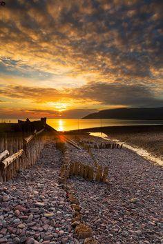 Porlock weir beach sunrise by Rashed Sabzali Beach Sunrise, Morning Sunrise, Sunset, The Beautiful South, Beautiful World, Somerset England, English Village, I Love The Beach, Slow Travel
