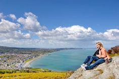 Le beau panorama sur la ville de Bray, à Bray Head !  ©  Algirdas Gelazius Shutterstock #brayhead #bray #ireland #irlande #wildatlanticway #ocean #city #view #rock #travel #landscape #sky Wild Atlantic Way, Panorama, Ocean City, Land Scape, Mountains, Rock, Nature, Travel, City