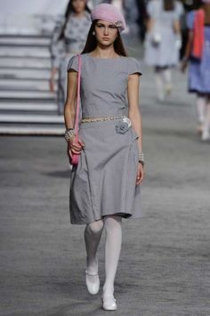 The complete Chanel Resort 2019 fashion show now on Vogue Runway.
