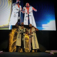 What will happen when #KarlAnderson and #LukeGallows get to the ring in #WWESiouxFalls?! #WWE