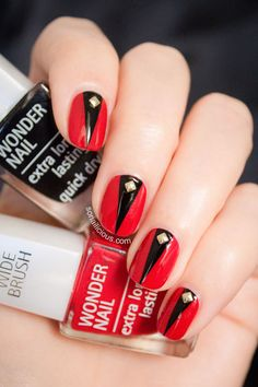 Sexy Red Nail Designs for These would be awesome with my Louboutin nail polish! Cute Halloween Nails, Halloween Acrylic Nails, Halloween Nail Designs, Halloween Ideas, Red Nail Designs, Acrylic Nail Designs, Red Nails, Hair And Nails, Fall Nails