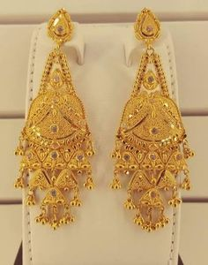 """Résultat de recherche d'images pour """"22CT GOLD NECKLACE SET"""" Gold Bangles Design, Gold Earrings Designs, Gold Jewellery Design, Bridal Jewelry Sets, Wedding Jewelry, Diamond Necklace Set, India Jewelry, Rose Gold Jewelry, Designer Earrings"""