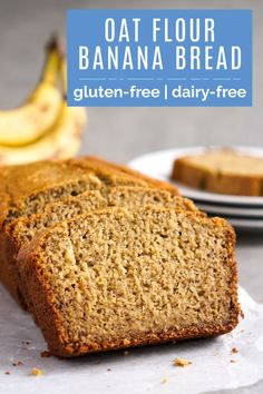 This oat flour banana bread is the best healthy snack! The texture and flavor are perfect, and it costs just $.28 per serving. You won't believe it doesn't have regular flour! (gluten-free, dairy-free) #bananabread #oats Oat Flour Banana Bread, Low Calorie Banana Bread, Oat Flour Muffins, Gluten Free Banana Bread, Easy Banana Bread, Banana Nut, Oat Flour Recipes, Banana Bread Recipes, Chocolate Oats