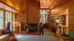 As FLW's 150th birthday approaches, Pope-Leighey House in Alexandria, Virginia, continues to surprise and delight. Frank Lloyd Wright Style, Frank Lloyd Wright Buildings, Usonian House, Mid Century House, Modern Architecture, House Design, Alexandria Virginia, Birthday, Houses