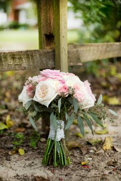 Bride's Bouquet | A Country Wedding | True Era Photography #bride #bouquet #roses #country #wedding #weddingphotography #weddingphotographer #florida #evinstonflorida #beautiful