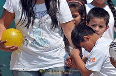 Nezahualcóyotl, Méx. 28 Abril 2013. Concluía la presentación en el Deportivo Metropolitano con la presencia de un sector social,  cuya mejor forma de ser respetados, pasa por su inlcusión plena en la sociedad, lo que supone autenticas oportunidades de Desarrollo.