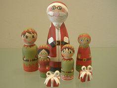 Santa and elves peg dolls