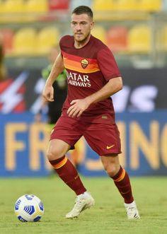 As Roma, Nike Football, Jordans, Soccer, Running, Sports, Hs Sports, Futbol, European Football