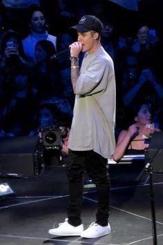 Justin Bieber wearing  Cartier 18 Carat Yellow Gold And Diamond Love Bracelet , Freedom Artists Seal Snapback, Vans Authentic Sneaker, Monica Vinader Linear Large Friendship Bracelet, Rick Owens JumboOversize T-Shirt