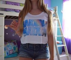 Cute Hakuna Matata crop top from Freshtops and and amazing blue and purple room!