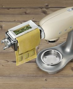 Smeg SMRM01 Ravioli maker accessory for Stand Mixer SMF01 retro 50s Style
