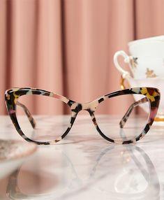 Glasses For Oval Faces, Cool Glasses, New Glasses, Cat Eye Glasses, Specs Frames Women, Womens Glasses Frames, Eyeglasses Frames For Women, Frames For Glasses, Lunette Style
