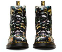 Darcy Floral, a circa-90s print from our archives, is reinvigorated with rich, multi-colored blooms against a black leather background. With a soft, hand-painted effect, the pattern effortlessly brings floral from summer to fall — but it's the boot's tough femininity that we love the most. The women's 8-eye Pascal has all the traditional Doc's DNA, like grooved edges, yellow stitching and the classic heel-loop. Built to last, it's made using one of the finest methods of co...