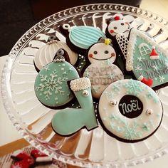 クリスマスに手作りしたい!「 Xmasデコのアイシングクッキー」の作り方動画&厳選デザイン100選 -page2 | Jocee Christmas Cookie Icing, Mistletoe And Wine, Fun Cookies, Homemade Cakes, Holidays And Events, Cookie Decorating, Cookie Cutters, Sweets, Baking