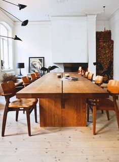 Huge Table=lots of friends for dinner!  Tanja Jänicke cozy apartement in Helsinki @DecoCrush