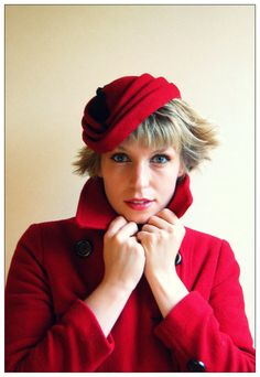 Cocktail hat Garnet Folds vintage style by RedDragonflyAKATOMBO, £95.00