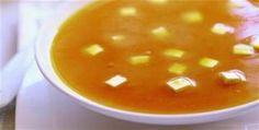 Sopa de abóbora com queijo minas
