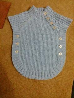 Crochet Socks Baby Hobbies Ideas For 2019 Baby Knitting Patterns, Knitting For Kids, Knitting Designs, Baby Patterns, Cardigan Bebe, Knitted Baby Cardigan, Baby Pullover, Crochet Socks, Crochet Clothes