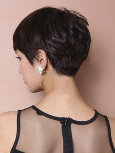 This is pretty much my hair, cut, color and texture.....