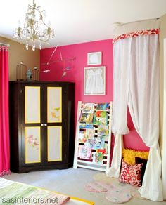 Love the corner nook and old crib rail as book holder. Big Girl Bedroom via sasinteriors.net