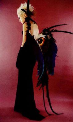 supermodelgif:  Backless butterfly dress by Thierry Mugler, Spring 1997   PAPILLON par MUGLER..No.1