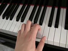 IGUDESMAN & JOO - Piano Lesson - YouTube