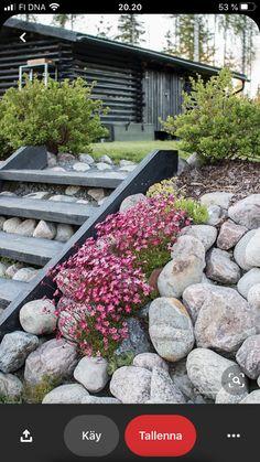 Sloped Backyard, Sloped Garden, Backyard Landscaping, Backyard Patio, Hillside Garden, Garden Paths, Easy Garden, Summer Garden, Patio Pergola