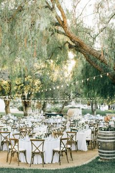 Al fresco vineyard reception decor: http://www.stylemepretty.com/california-weddings/silverado/2016/05/10/whimsical-al-fresco-vineyard-wedding/ | Photography: Jenna Bechtholt - http://jennabechtholtphotography.pixieset.com/