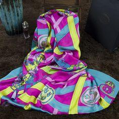 New 2015 women High Quality Blue chiffon silk scarves Spring autumn Warm Silk scarf Summer sunscreen Shawl Cape Beach Scarves - http://www.aliexpress.com/item/New-2015-women-High-Quality-Blue-chiffon-silk-scarves-Spring-autumn-Warm-Silk-scarf-Summer-sunscreen-Shawl-Cape-Beach-Scarves/32359476581.html