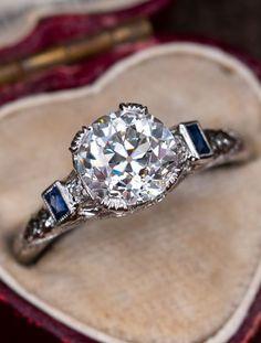 verlobungsring art deco Art Deco Engagement Ring Old European Cut Diamond with Sapphires ct F / GI . Art Deco Ring, Art Deco Jewelry, Jewelry Rings, Fine Jewelry, Jewelry Model, Deco Engagement Ring, Antique Engagement Rings, Art Nouveau, Antique Diamond Rings