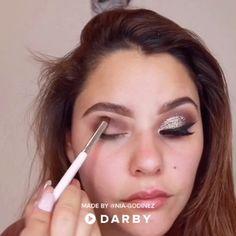 Gorgeous Makeup: Tips and Tricks With Eye Makeup and Eyeshadow – Makeup Design Ideas Eye Makeup Glitter, Makeup Eyeshadow, Copper Eyeshadow, Sephora Eyeshadow, Eyeshadow Brands, Eyeshadow Palette, Glitter Gel, Matte Eyeshadow, Glitter Fabric