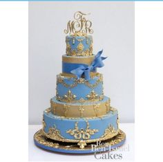 how to make a wedding cake blue and gold let them eat cake gold cake 4980