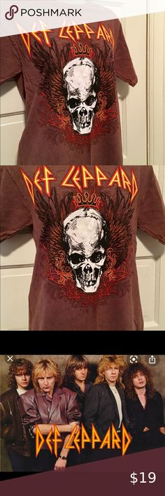 """🔥T Shirt, DEF LEPPARD NWOT. Hot Topic.🔥 Never worn. Excellent condition. Will steam clean with purchase. Dont """"bring on a heartache"""". Purchase! def leppard/Hot Topic Tops Tees - Short Sleeve Grunge Style, Soft Grunge, Style Indie, Tokyo Street Fashion, Def Leppard, Dr. Martens, Le Happy, Grunge Outfits, Harajuku"""