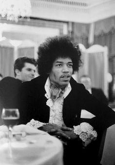 Hendrix wearing Sam Pig in Love shirt- the same style that Brian Jones had.