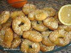 Κουλουράκια ελαιόλαδου με πορτοκάλι και σουσάμι