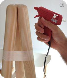 DIY : Une lampe d'inspiration scandinave – Best of Vanity Diy Scandinave, Diy Telescope, Purple Chandelier, Diy Luminaire, Diy Drawer Organizer, Bois Diy, White Lamp Shade, Lamp Design, Plates On Wall