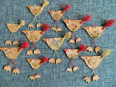 Arts And Crafts Projects, Clay Projects, Clay Crafts, Ceramic Clay, Ceramic Pottery, Clay Art For Kids, Ceramic Christmas Decorations, Pottery Workshop, Bird Ornaments