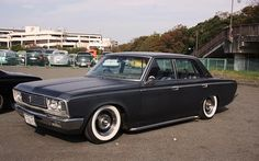 S40 Toyota Crown