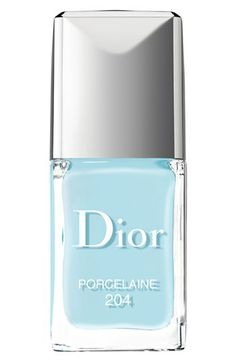 Dior nail vernis in Porcelaine part of their Spring 2014 collection!