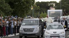 https://flic.kr/p/xTuzA1   Cuba Pope   Pope Francis waves to people from his popemobile as he arrives to the Apostolic Nunciature in Havana, Cuba, Saturday, Sept. 19, 2015. Pope Francis began a 10-day trip to Cuba and the United States, embarking on his first trip to the onetime Cold War foes after helping to nudge forward their historic rapprochement.  (AP Photo/Alessandra Tarantino)