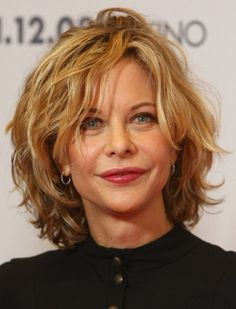 Layered Hairstyles | Short Layered Hairstyles for Women Over 40 - Inverted Bob Haircuts ...